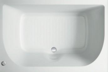 小さいバスルームでもリラックスできるように追求した浴槽