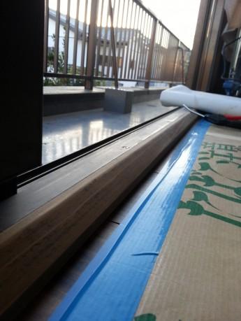 床と建具の納まり