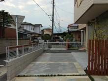 小田原市 外構施工例 駐車場 パーキングスペース 自然石調タイル