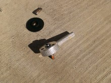 狭い場所の作業にこういった工具があることを初めて知りました。