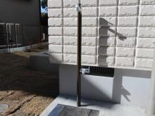 おしゃれな立水栓はオンリーワンのジラーレとスプリット。シンプルで機能的な外水栓です。
