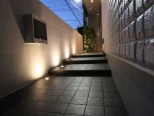 平塚市 外構施工例 アプローチ ライトアップ 照明 モダンな雰囲気