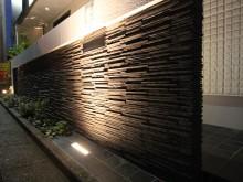 平塚市 外構施工例  門袖 千陶彩 ライトアップで重厚感ある門まわり