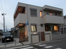 小田原市外構施工例 門まわり 夜間のライトアップ