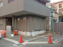 平塚市 施工現場 コンクリート養生中 駐車場 門袖