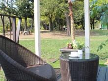 タカショーの庭座のイスとテーブル