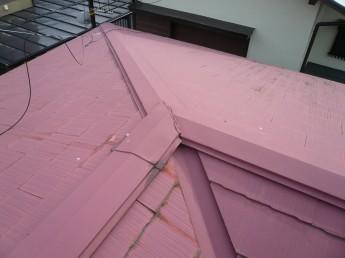 カラーベストコロニアルの屋根