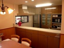 対面キッチンで開放的な空間ができました。