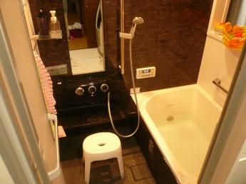 在来工法の浴槽をシステムバスルーム、キレイユにリフォーム
