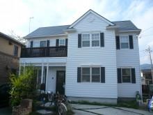 アメリカンスタイルのお住まい。外壁と屋根を塗装します。
