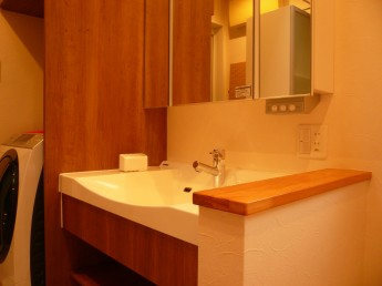 継ぎ目が無くお手入れが簡単な洗面台