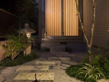 神奈川県を中心とした和風ガーデン 自然石 飛び石 タマリュウ 添景物 施工例