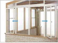 ガーデンルームL字腰壁タイプなら網戸付きの窓がつけられます
